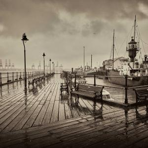 8 Rain at Harwich Harbour